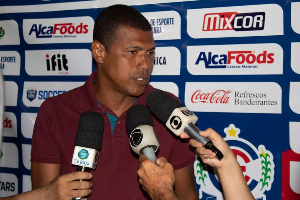 Junior Baiano não é mais o treinador do Itumbiara