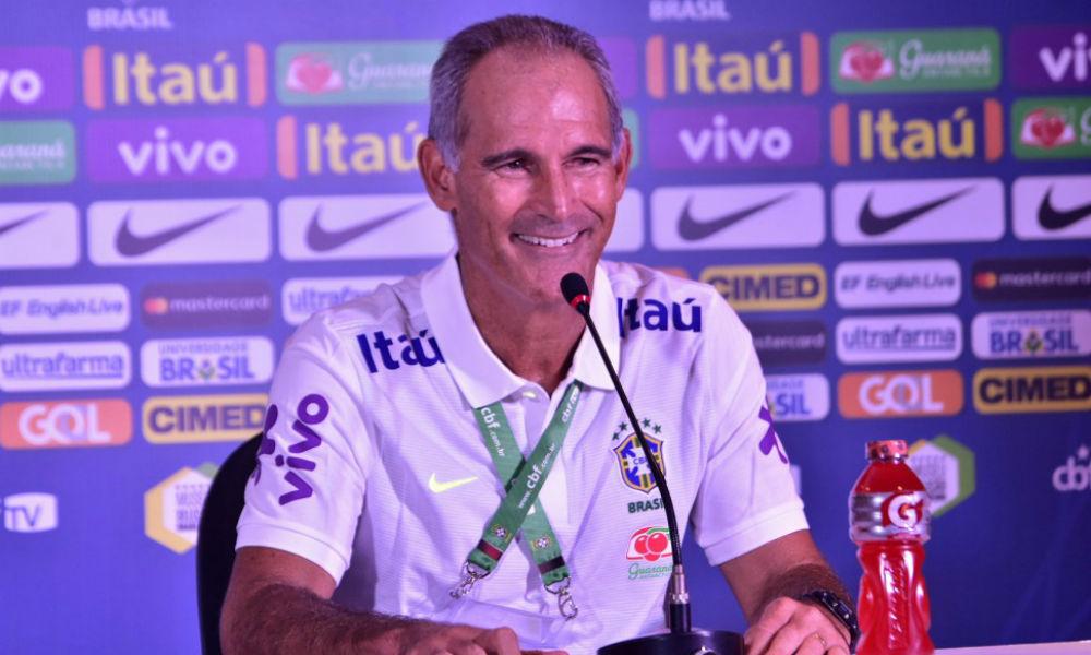 Após vexame, Carlos Amadeu é demitido do Brasil Sub-20
