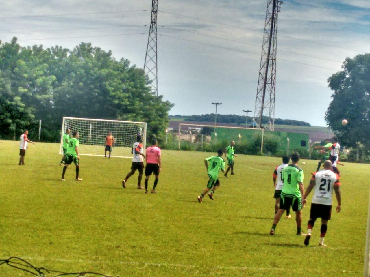 Brasil Mangueiras e Junto e Misturado decidirão a 1ª Copa Metacampo e Futebol Society