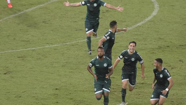 Goiás estreia com vitoria fora de casa no Campeonato Brasileiro