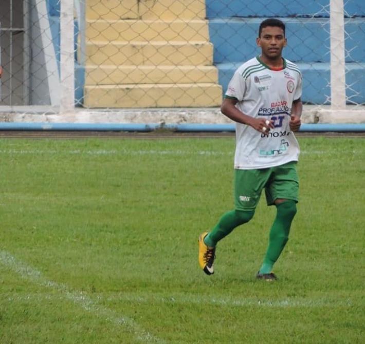 Mais um: Meia ex Morrinhos e Grêmio Anápolis acerta com o Rio Verde
