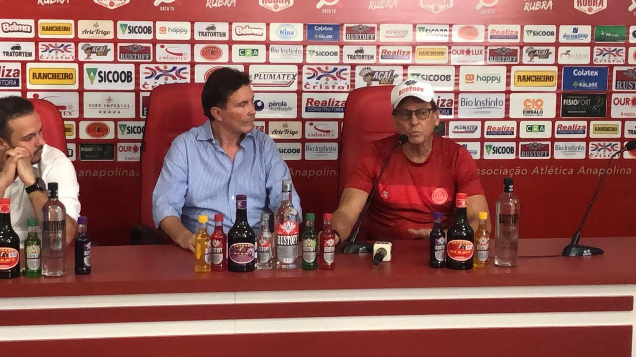 Anapolina apresenta treinador para o Campeonato Brasileiro da Série D