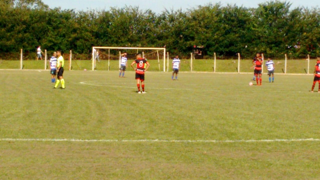 Independente ganha do Atlético no Goiano Sub-13 e perde no Sub-15