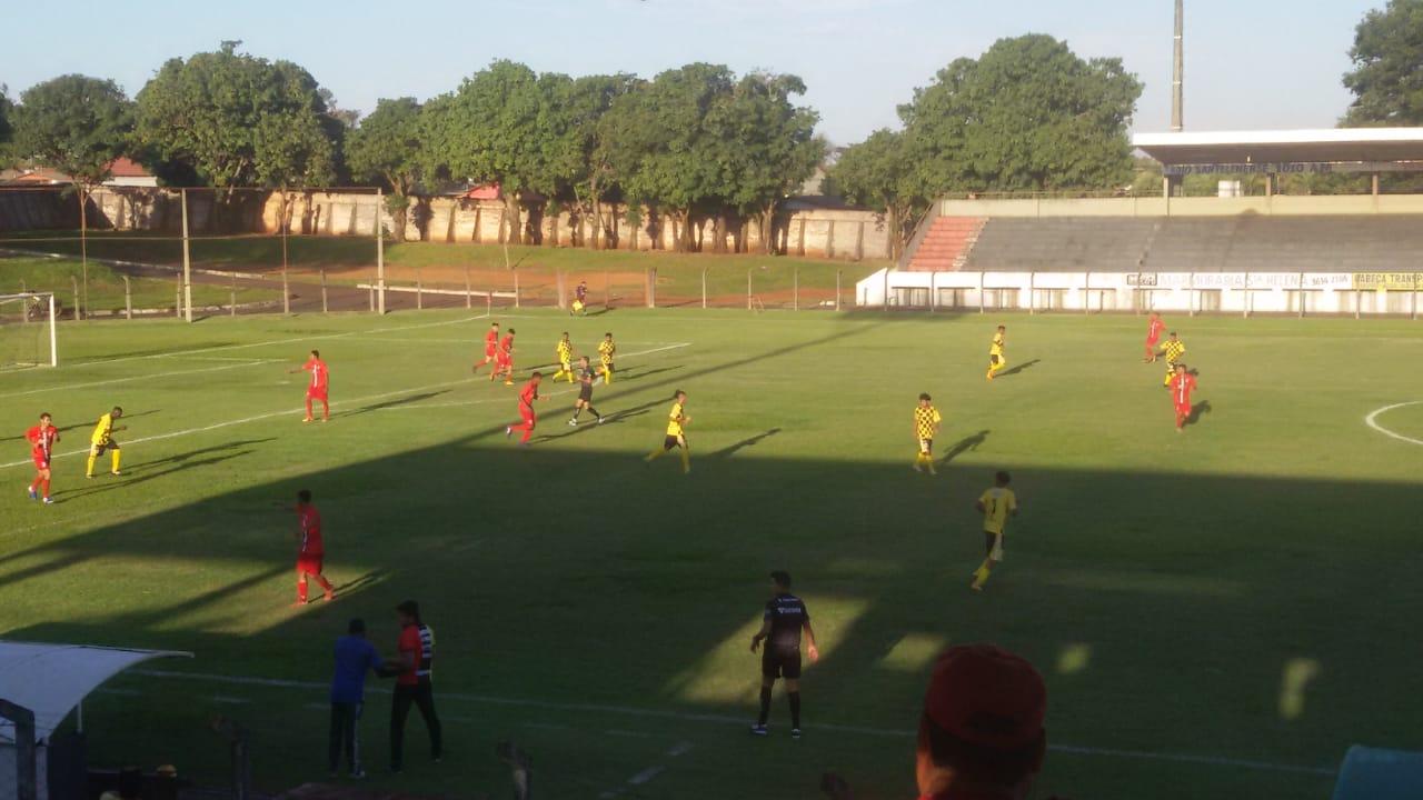 Santa Helena empata e se classifica para a semifinal do Goiano Sub-20 da 2ª Divisão