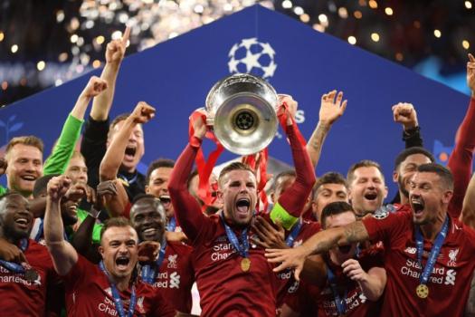 Liverpool vence Tottenham e conquista a Liga dos Campeões.