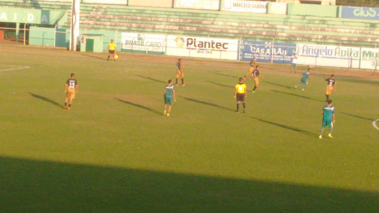 Rio Verde goleia Bairro Martins em jogo treino