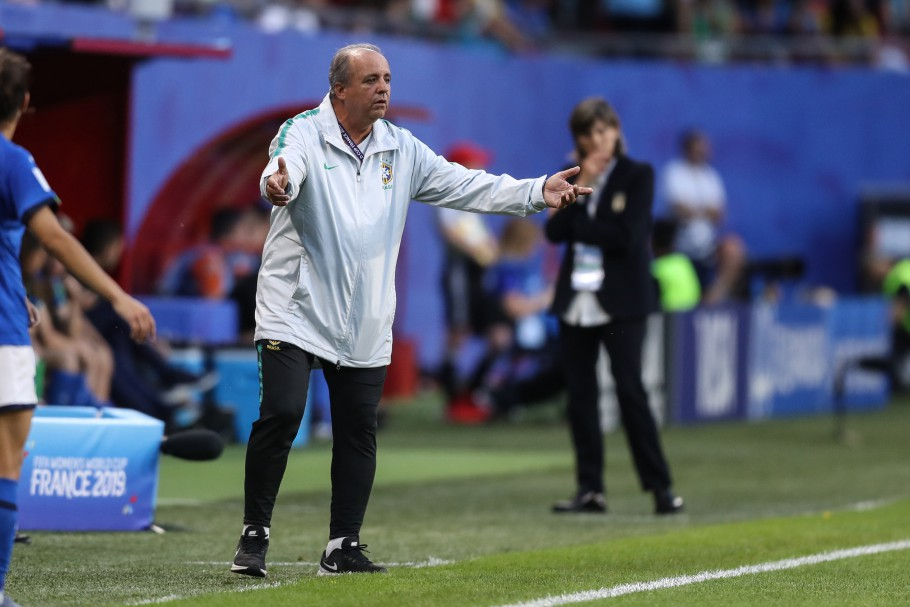 Agora é oficial; Vadão não é mais o técnico da seleção brasileira de futebol feminino
