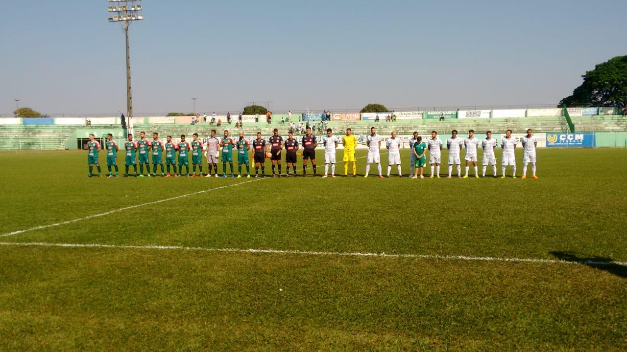Com dois jogadores a menos, Rio Verde vence o Morrinhos na Divisão de Acesso