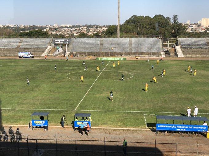 Goiás empata com o Brasiliense no jogo de ida das oitavas de final da Copa Verde