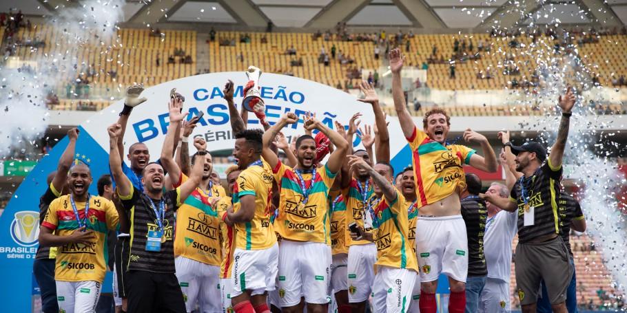 Nos pênaltis, Brusque vence o Manaus e conquista o Brasileiro da Série D