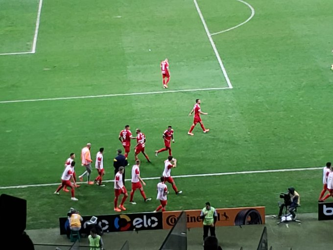 Internacional vence o Cruzeiro no jogo de ida das Semifinais da Copa do Brasil