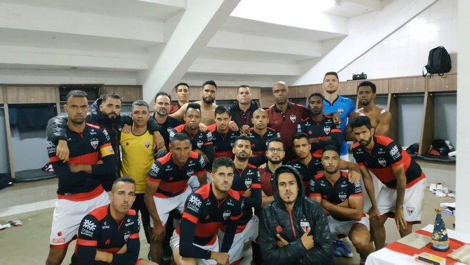 Atlético Goianiense vence fora de casa e segue em segundo no Brasileiro Série B