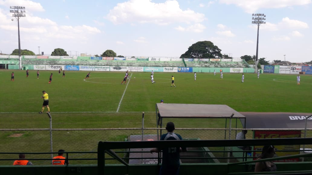 Atlético Rioverdense vence a Rioverdense e lidera seu grupo na 3ª Divisão Goiana
