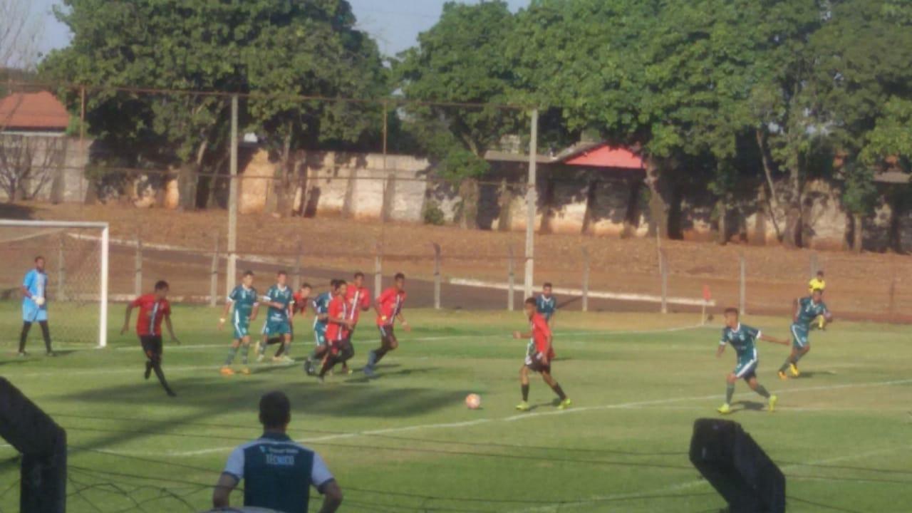Santa Helena e Rio Verde ficam no empate pela Copa Goiás Sub-20 da 1ª Divisão