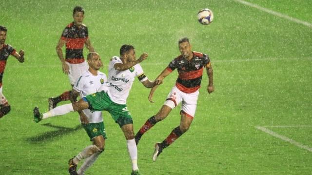 Atlético Goianiense empata em casa com o Cuiabá e segue em segundo no Brasileiro Série B