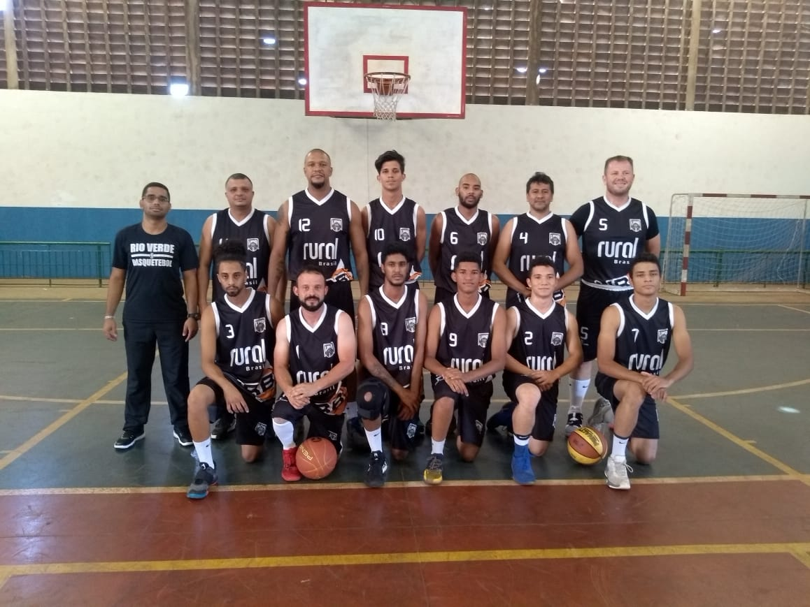 URB estreia com derrota no Campeonato Goiano de Basquete