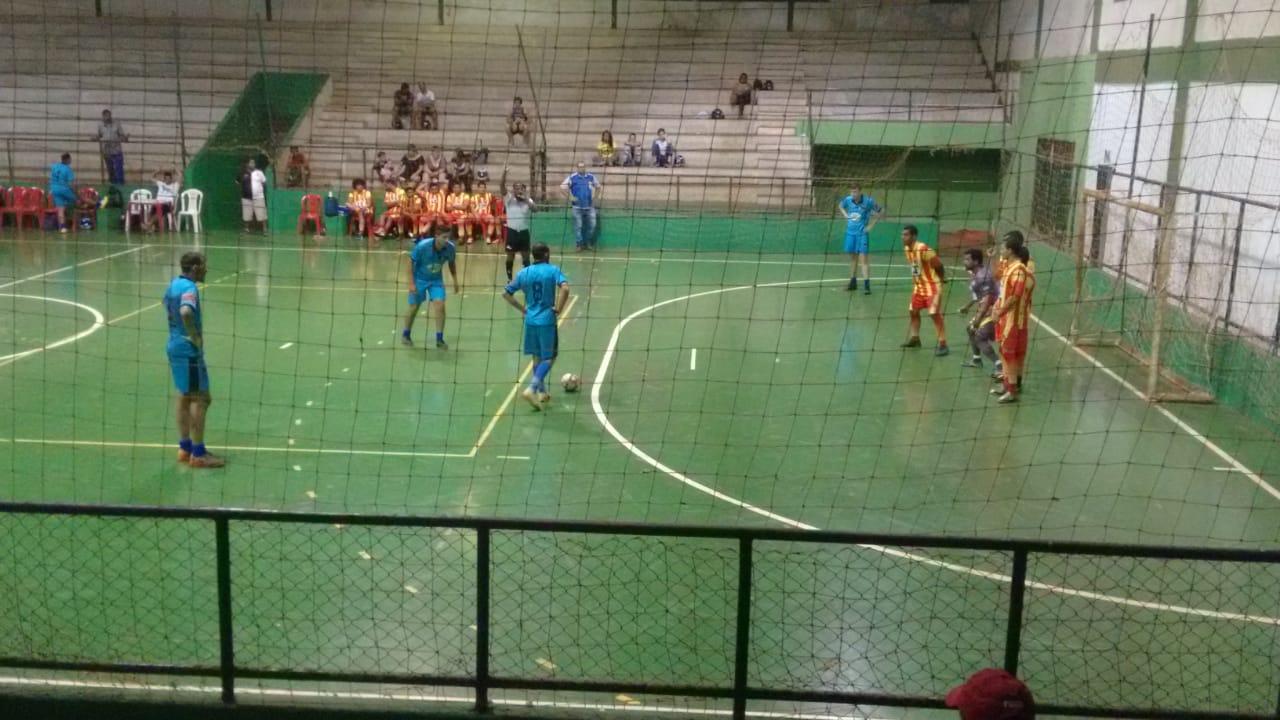 Após jogos de ontem, já estão definidos os confrontos das quartas de final do futsal rio-verdense masculino