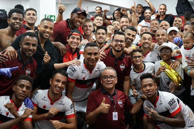 Atlético vence o Paraná e segue no G4 da Série B