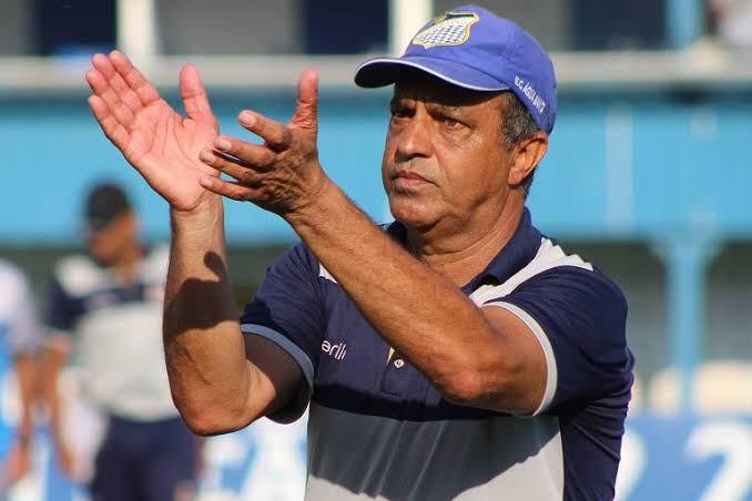 Anápolis confirma treinador e renova com goleiro para o Goianão 2020