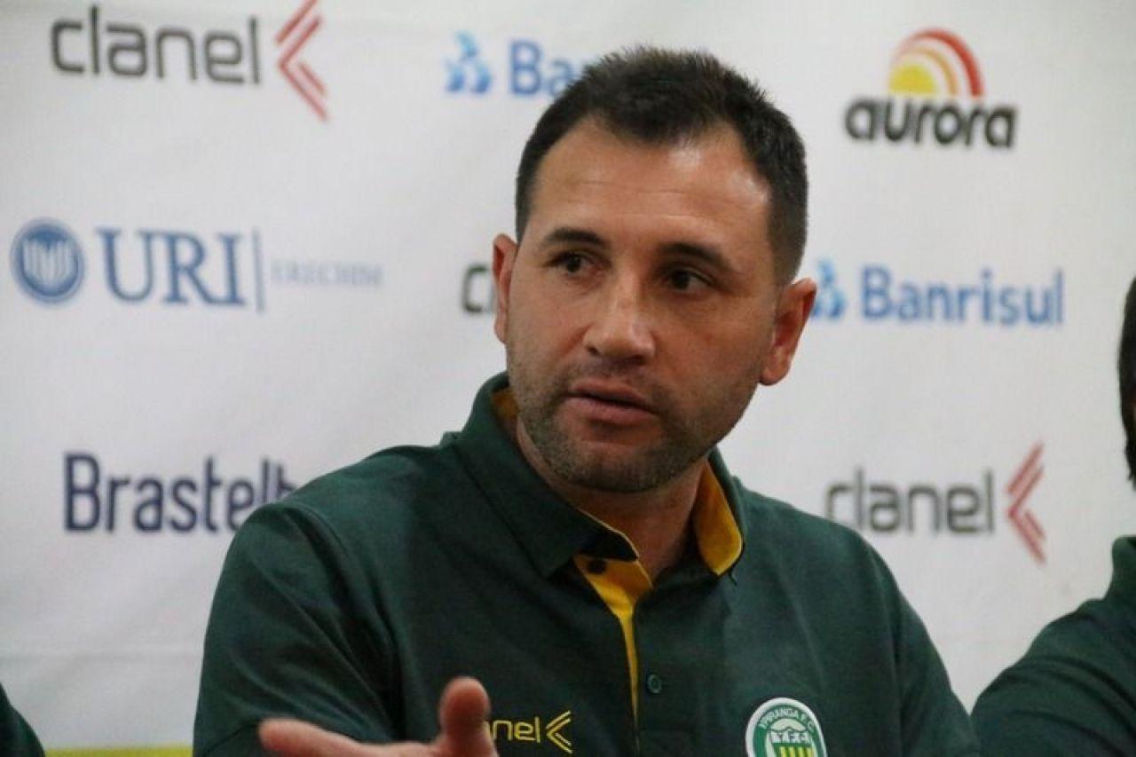 Grêmio Anápolis confirma treinador para o Goianão 2020