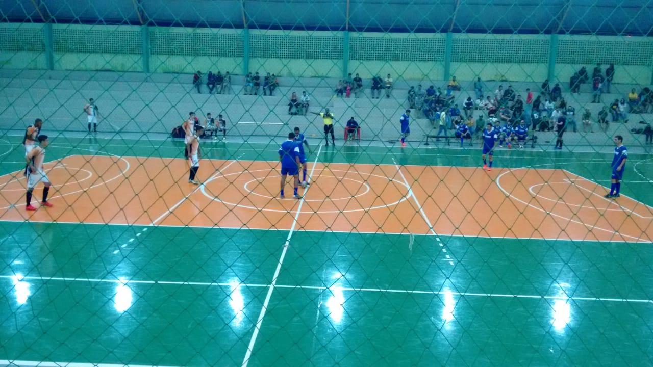 Central Móveis e Piaba FC estão nas semifinais do Rio-verdense de Futsal Masculino