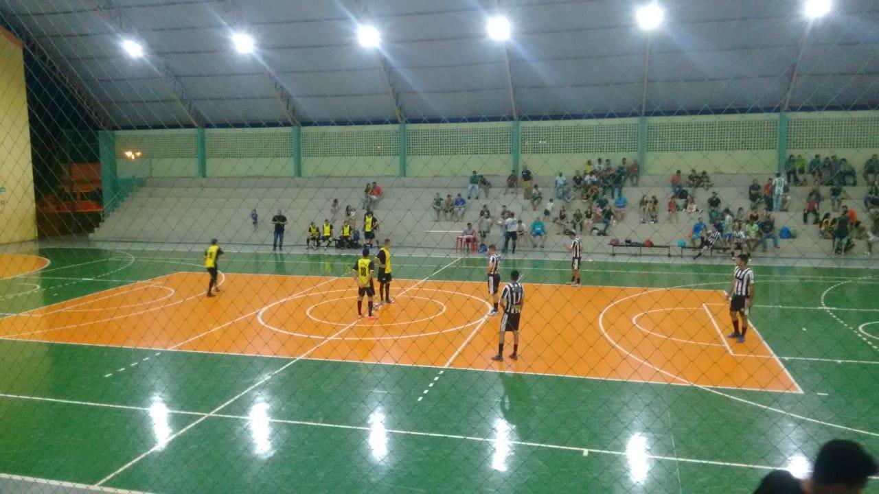 Kássios Borracharia e Vidromar estão nas semifinais do Rioverdense de Futsal Masculino