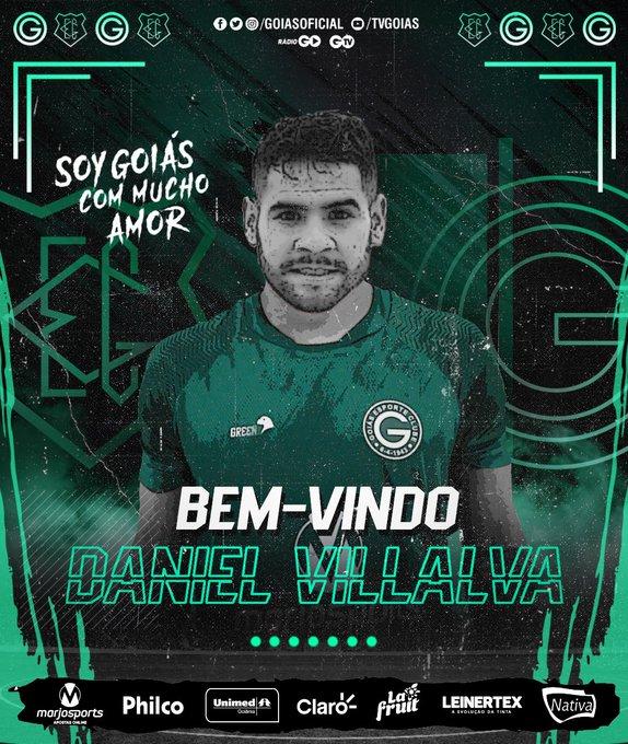 Goiás acerta com atacante argentino ex River Plate