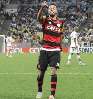 Anápolis acerta com atacante ex Flamengo