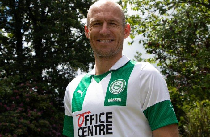 Arjen Robben decide voltar a jogar futebol profissional