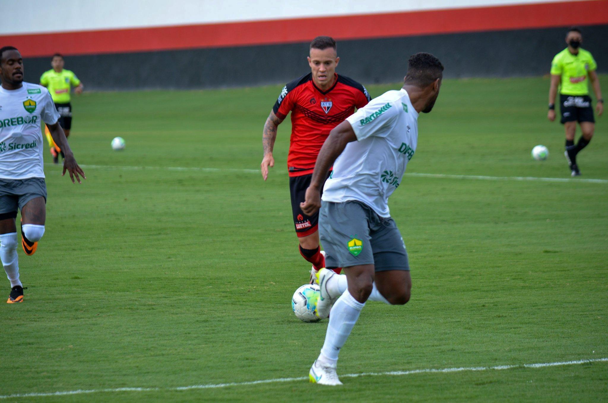 Atlético Goianiense empata com o Cuiabá em jogo-treino