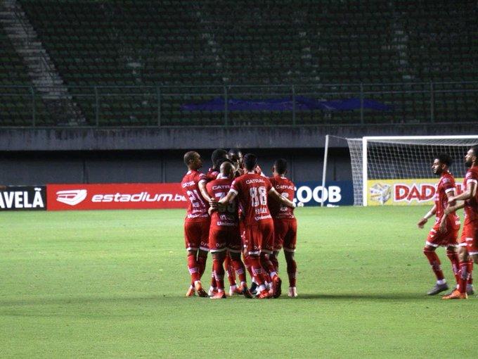 Vila Nova vence o Jacuipense fora e termina primeiro turno em segundo lugar