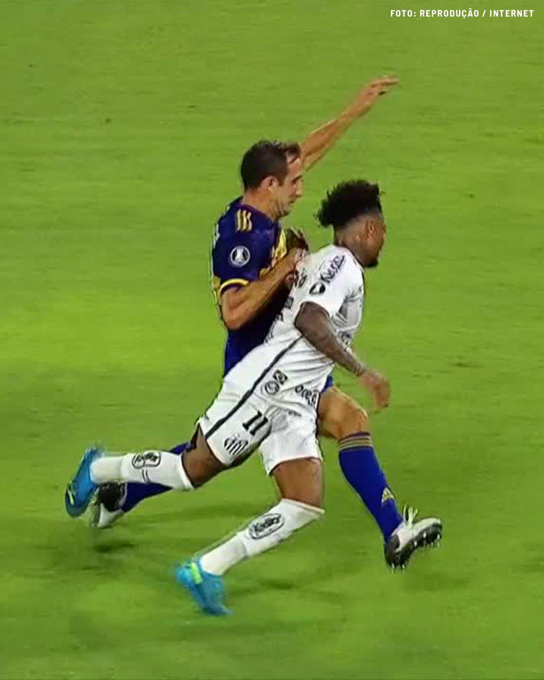 Boca Juniors e Santos empatam no jogo de ida da semifinal da Libertadores
