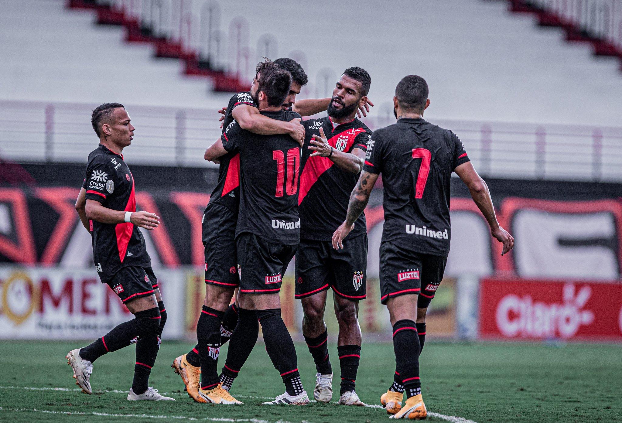 Atlético goleia o Anápolis e se classifica para as semifinais do Campeonato Goiano