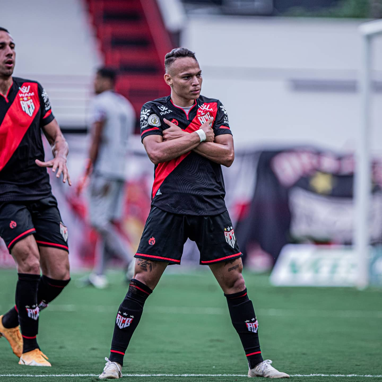 De virada, Atlético Goianiense vence a Aparecidense e está na final do Goianão 2020