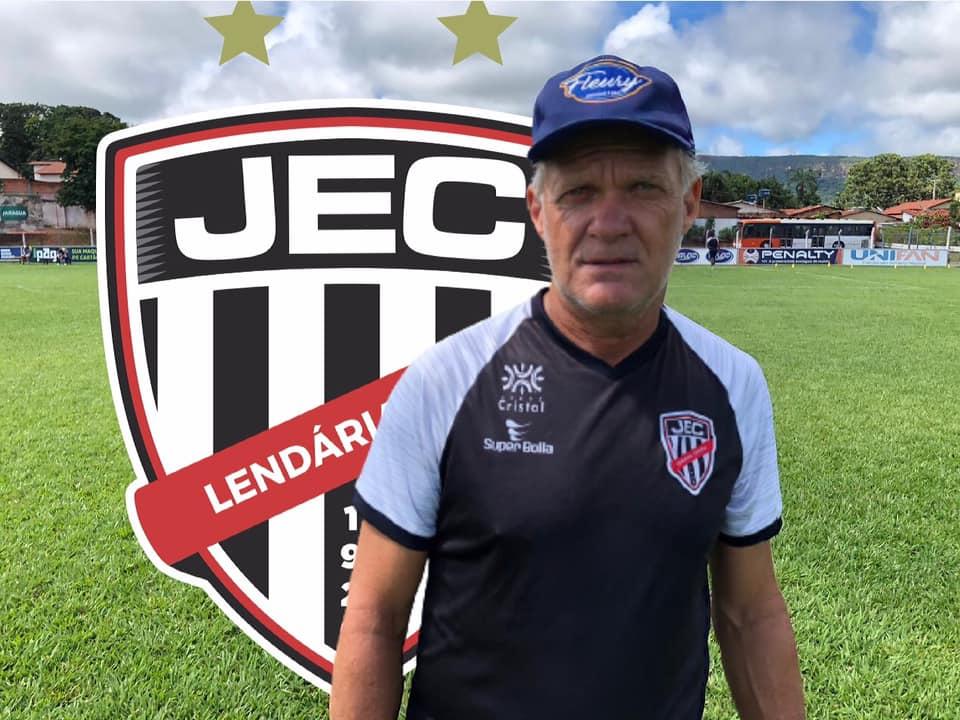Zé Roberto será o treinador do Jaraguá no Campeonato Goiano
