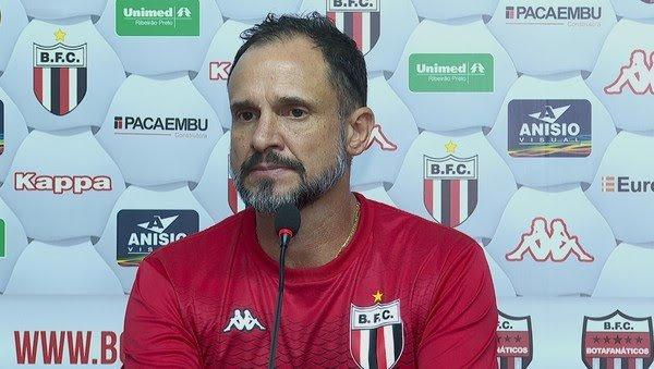 Wagner Lopes é confirmado como novo treinador do Vila Nova