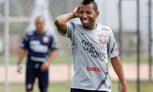 Meia ex-Corinthians e Internacional é o novo reforço da Jataiense