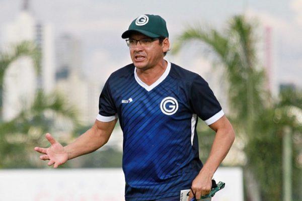 Augusto Cesar não é mais o treinador do Goiás