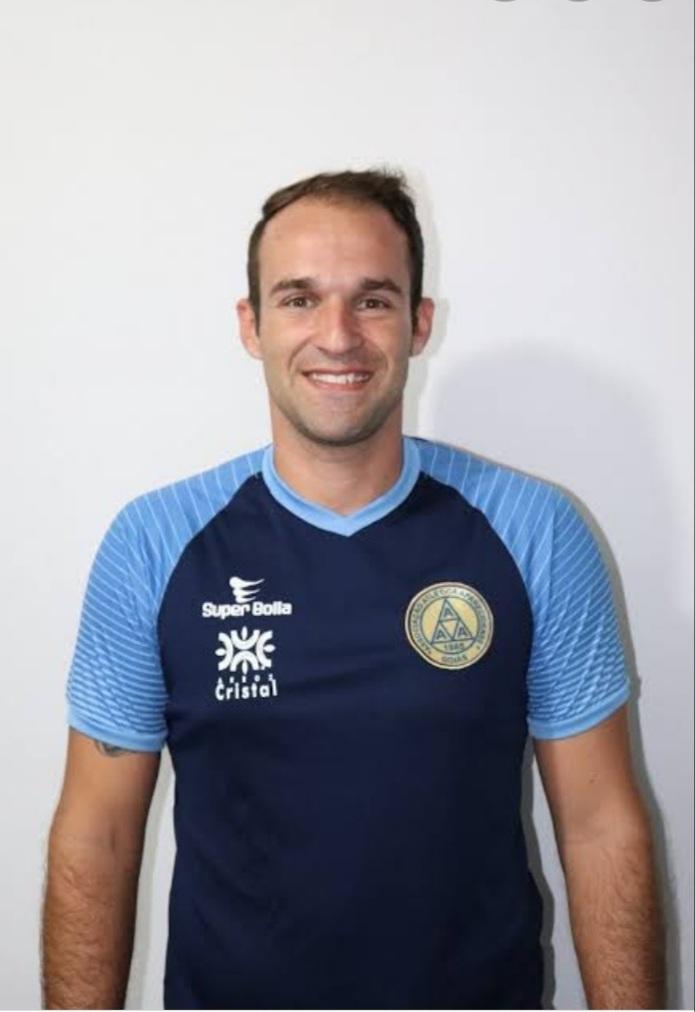 Técnico rio-verdense Thiago Carvalho seguirá na Aparecidense na Série D