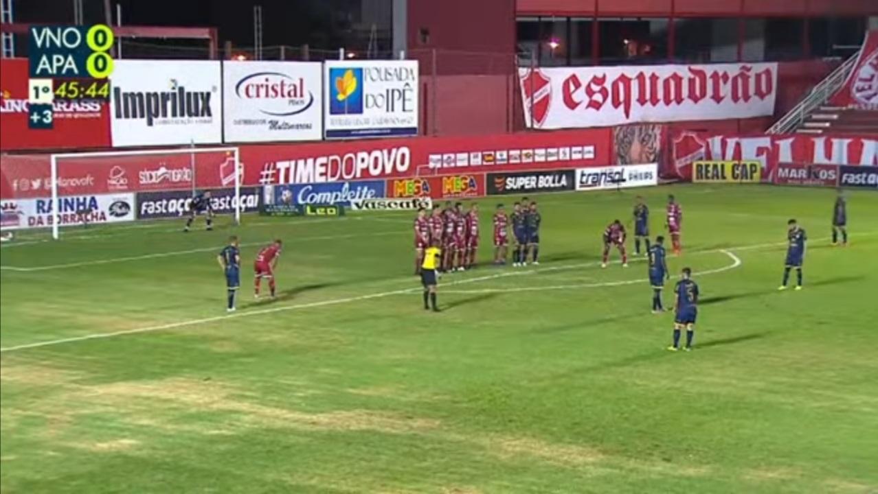 Vila Nova e Aparecidense empatam no jogo de ida da semifinal