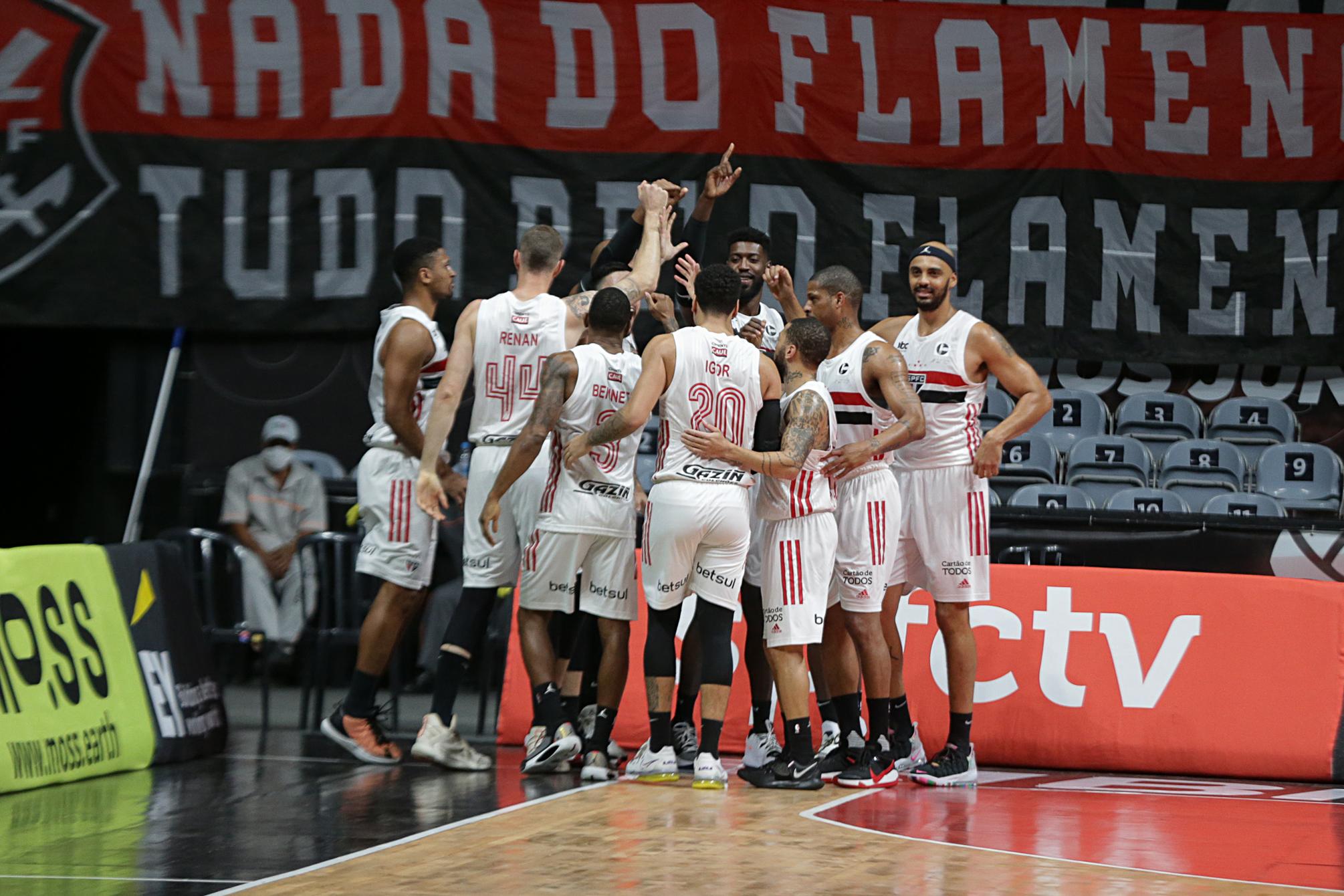 São Paulo vence o Minas e está na final do NBB