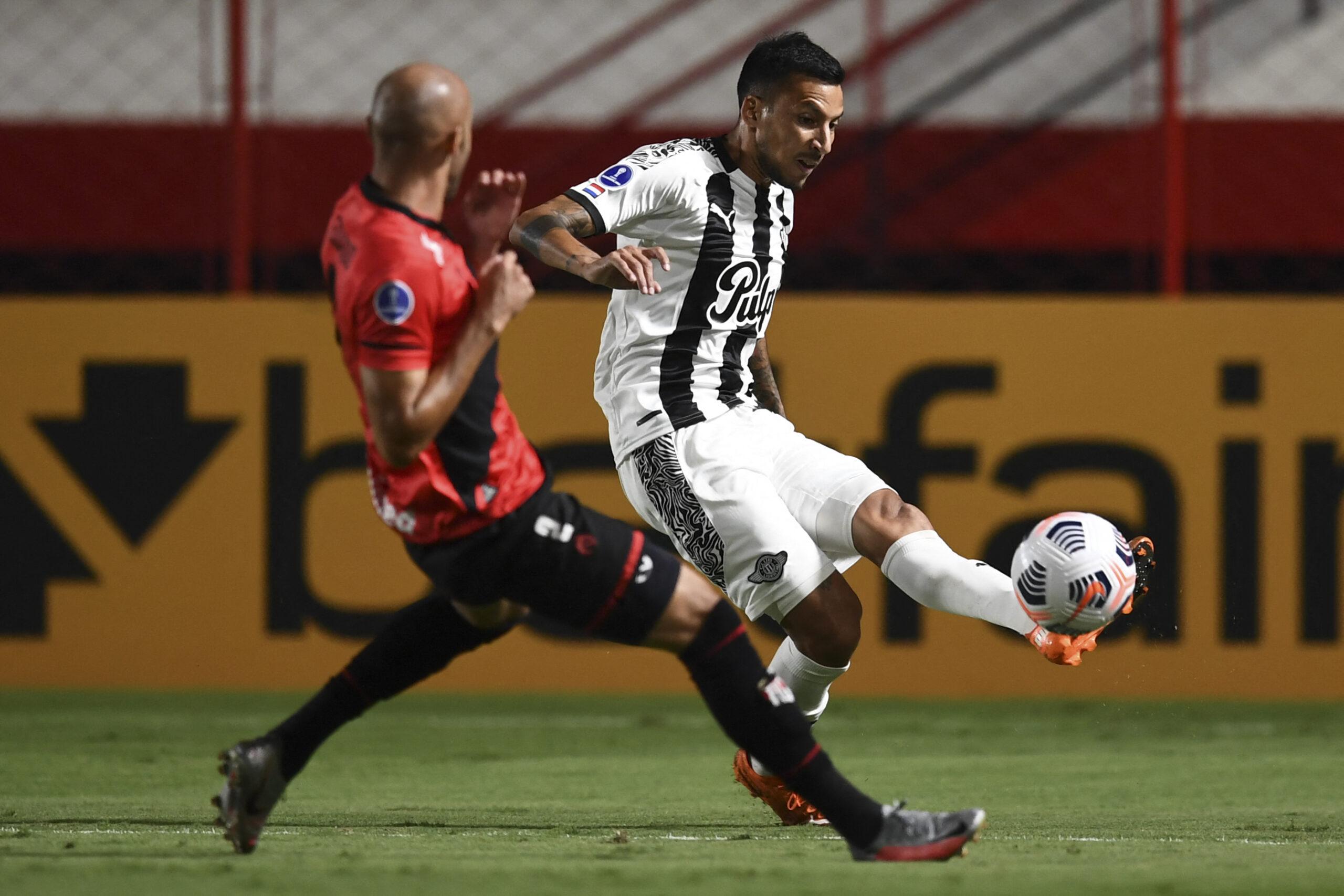 Atlético Goianiense fica no empate e perde a chance de assumir a liderança