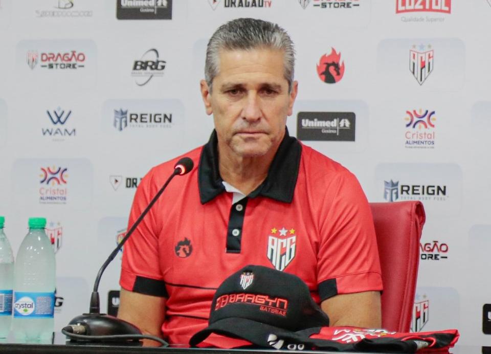Jorginho não é mais o treinador do Atlético Goianiense