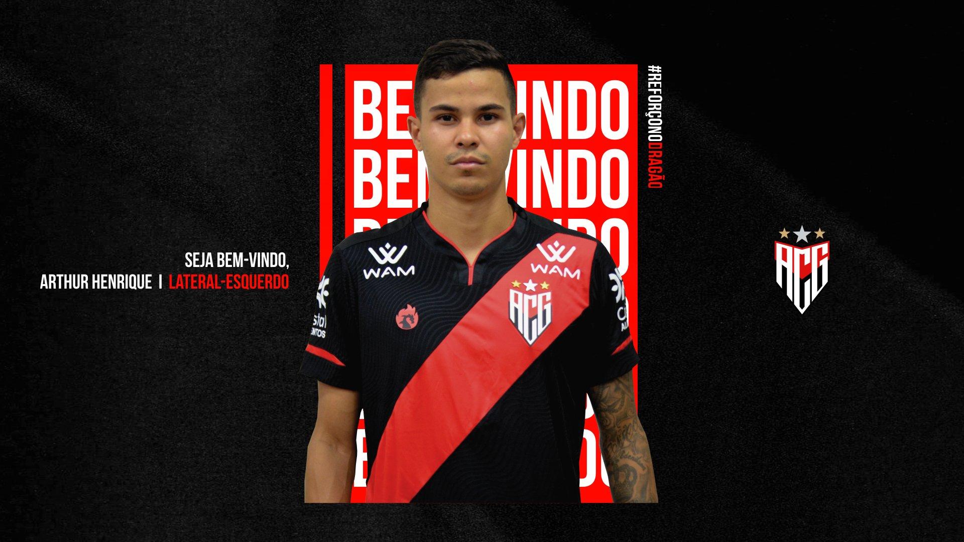 Atlético Goianiense oficializa chegada de lateral da Ferroviária