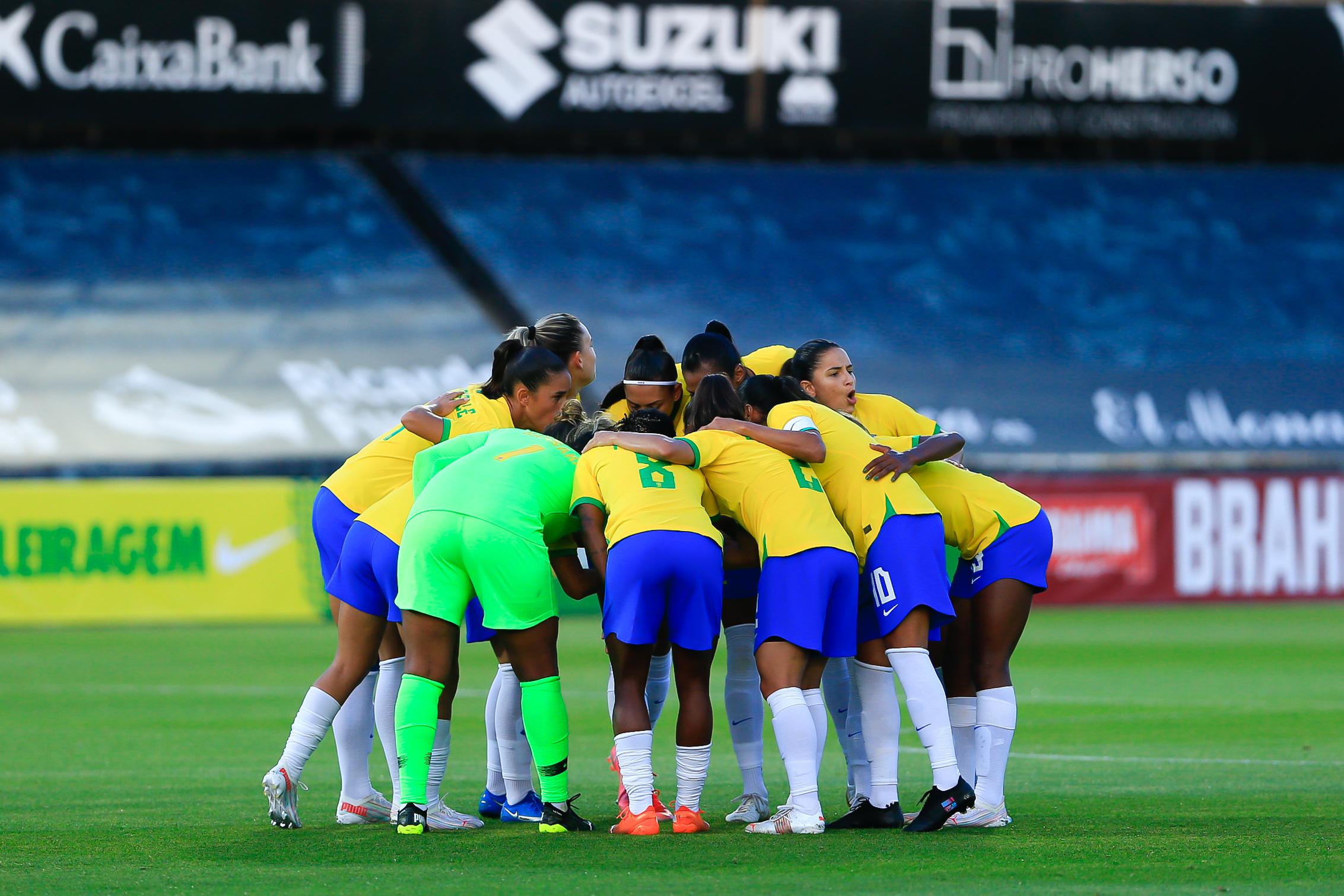 Seleção Feminina de Futebol vence amistoso contra a Rússia