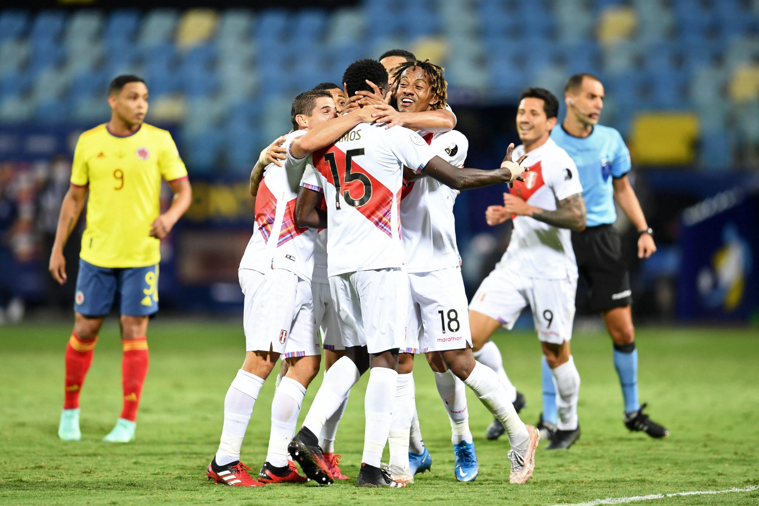 Peru vence a Colômbia em Goiânia