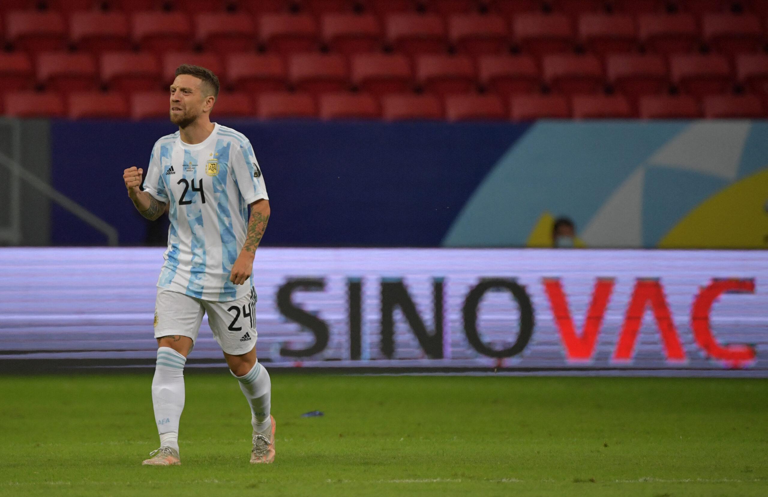 Argentina vence o Paraguai e lidera seu grupo na Copa América