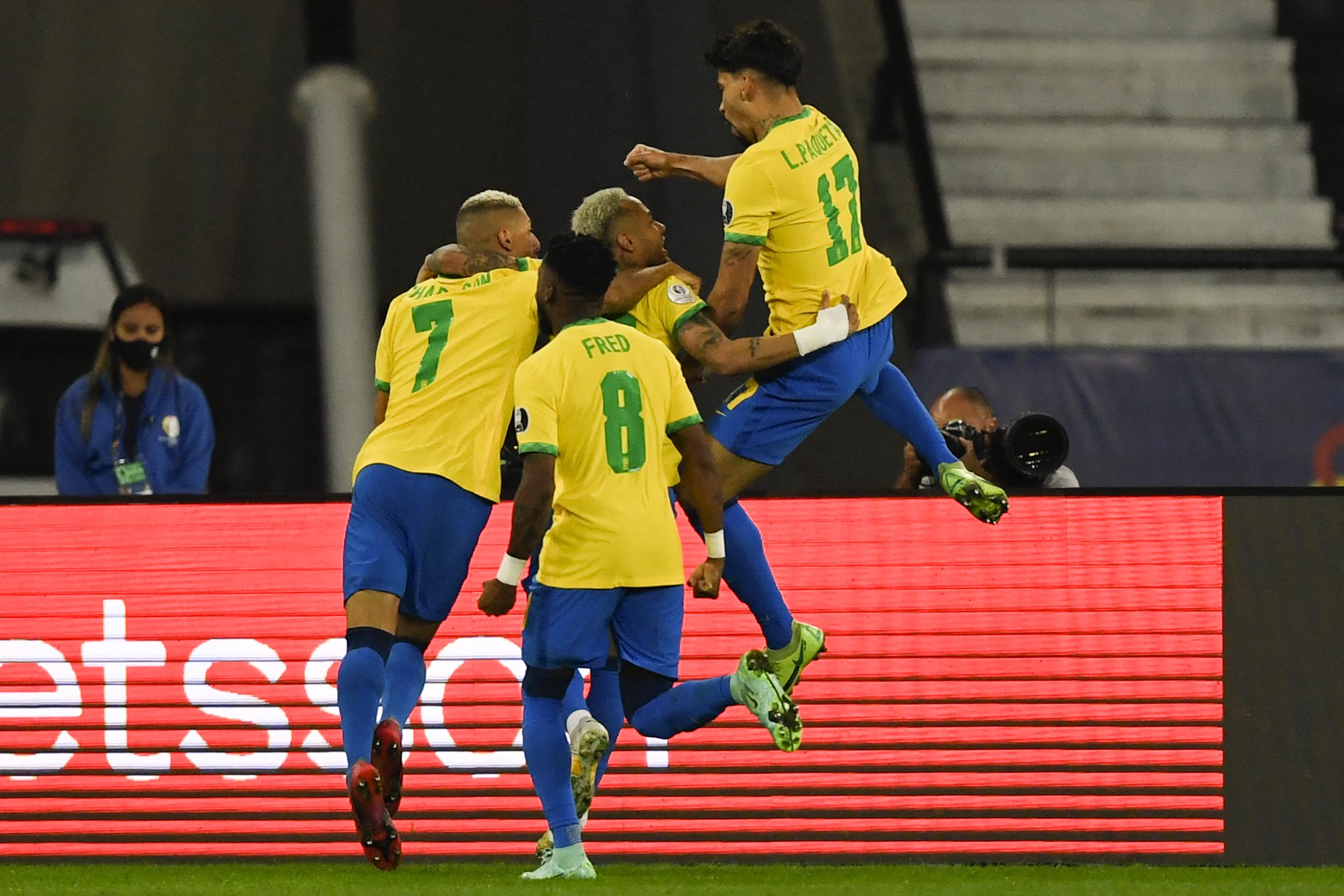 Brasil vence o Chile e está na semifinal da Copa América