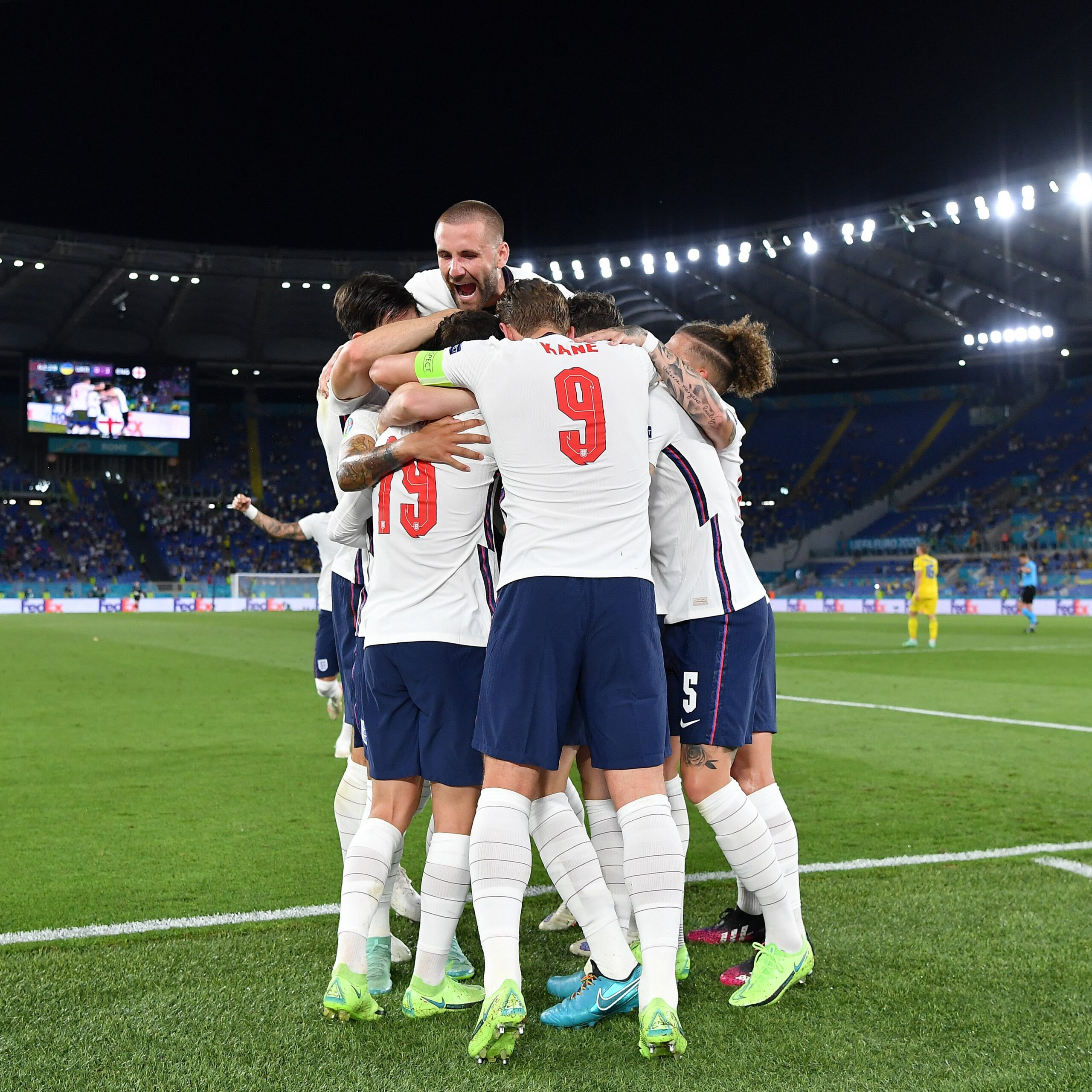 Dinamrcar e Inglaterra estão nas semifinais da Eurocopa