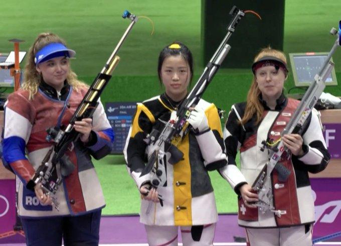 Primeira medalha de ouro nas olimpíadas de Tóquio vai para a China